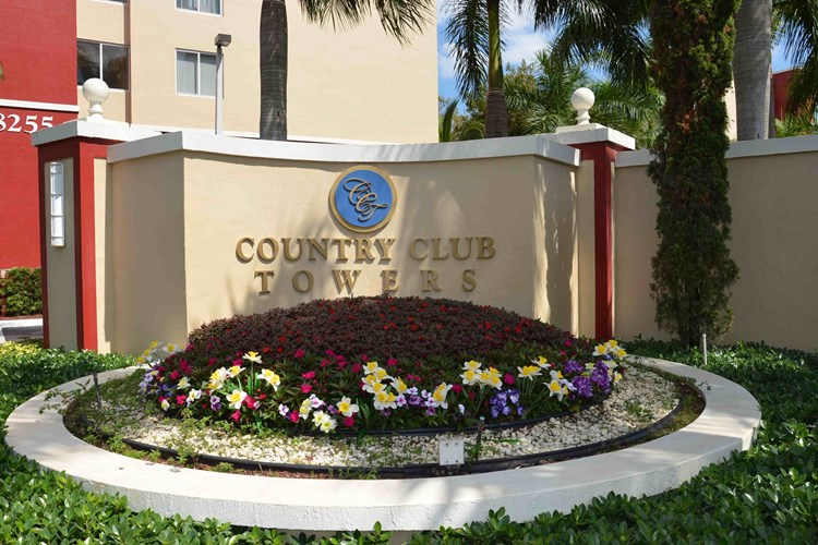 Country Club Towers  Image 1