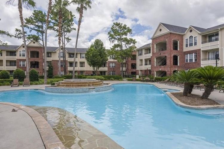 Apartments At The Veranda At Centerfield Houston