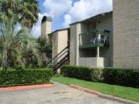 Find Apartments for Rent at Carriage Glen