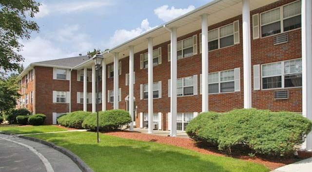 Find Apartments For Rent At Westside Colonial Apartments