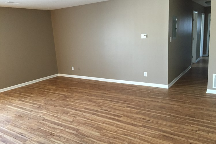 Hardwood Laminate Flooring