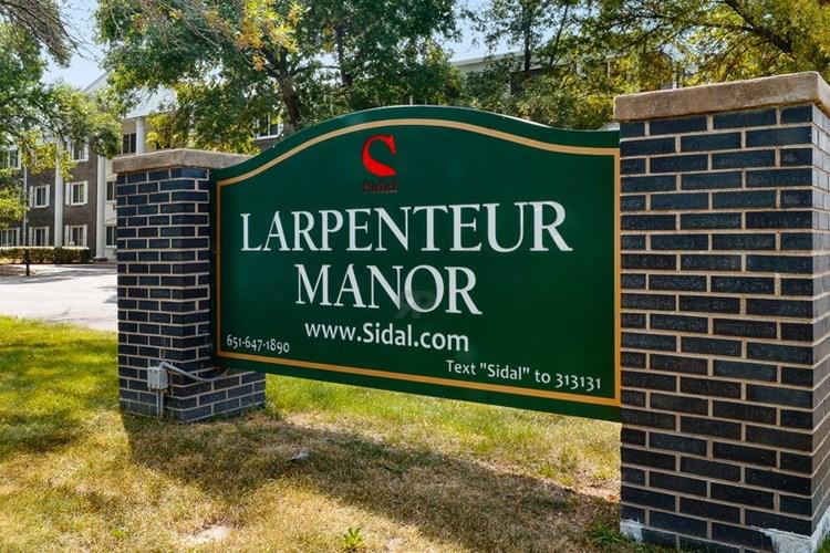 Apartments At Larpenteur Manor Saint Paul
