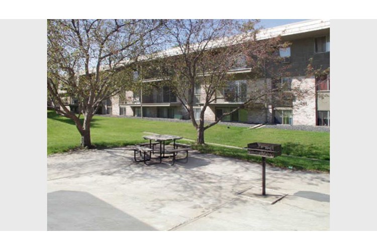 Four Seasons Villas Apartments Plymouth Mn