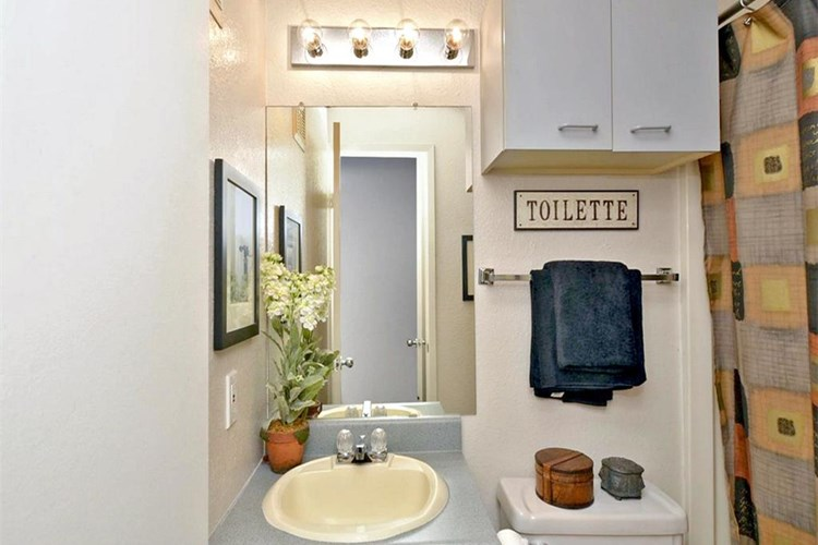 Apartments At Lofts On Hulen Fort Worth