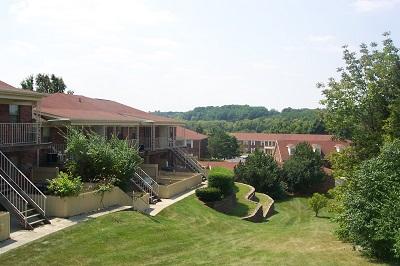 Hillside Court photo