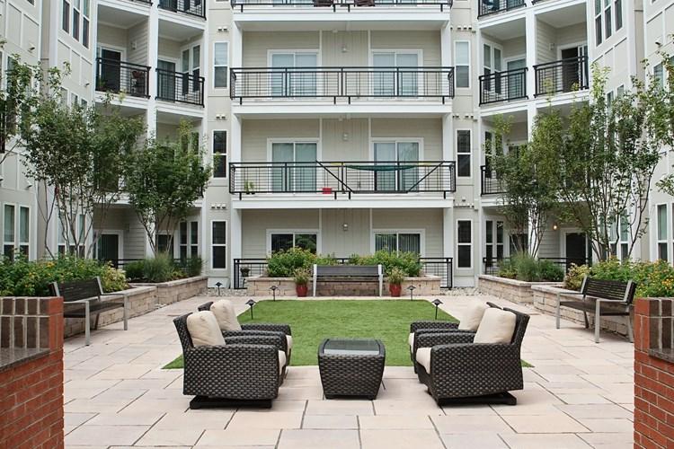 Apartments At 927 West Morgan Raleigh