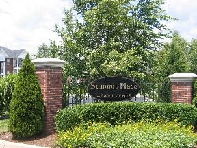 Apartments At Summit Place Apartment Homes Louisville