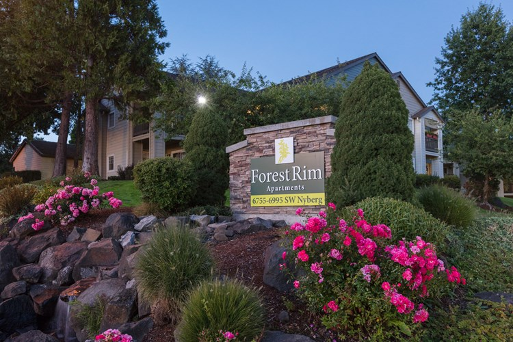 Forest Rim Apartments Image 1