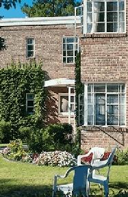 Stonehenge Gardens for rent