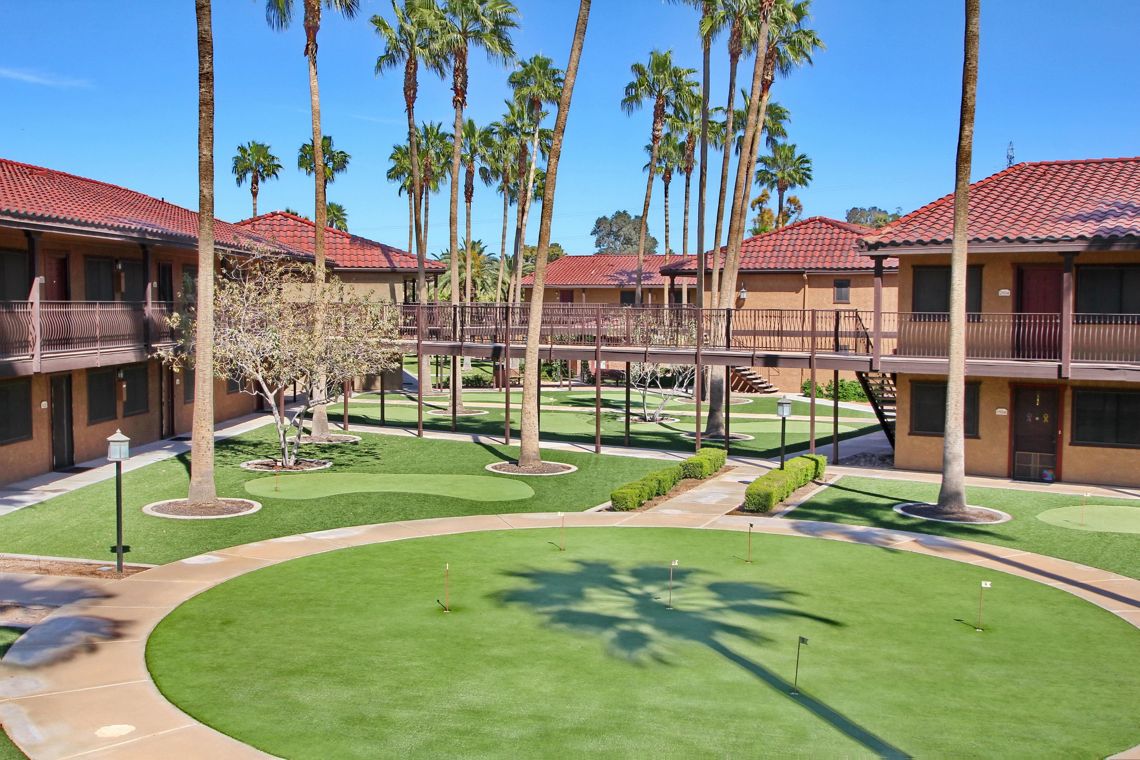 Mesa Royale Apartments