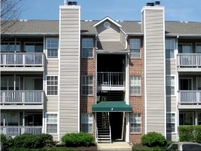 Lincoln Woods Apartments Image 1