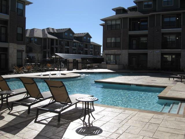 Platinum Lakeline Apartments Reviews
