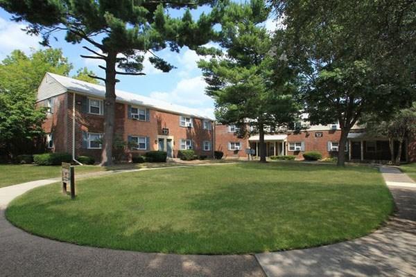 Elmwood Village Apartments Elmwood Park New Jersey