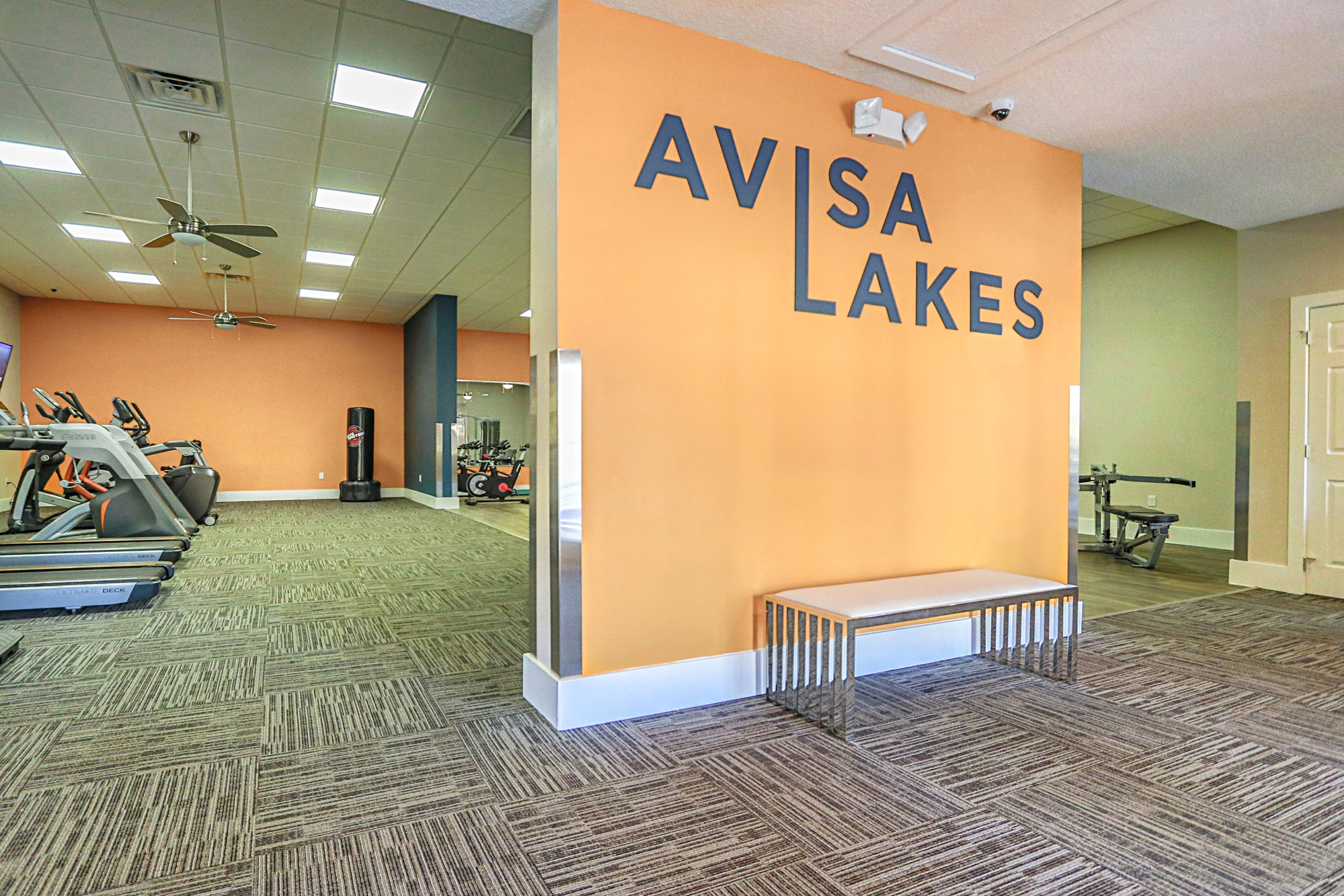 Live at Avisa Lakes