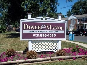 Dover Manor Image 2