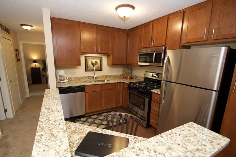 Walnut Trails Townhome Apartments Image 14