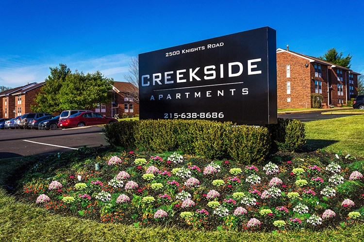Creekside Apartments Image 1