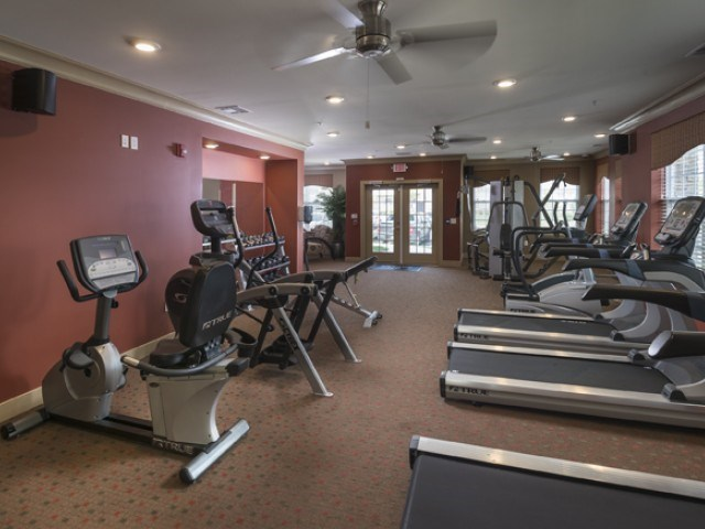 Apartments at Camelot at TowneLake - SAYREVILLE