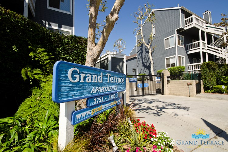 Grand Terrace Apartment Homes Image 1