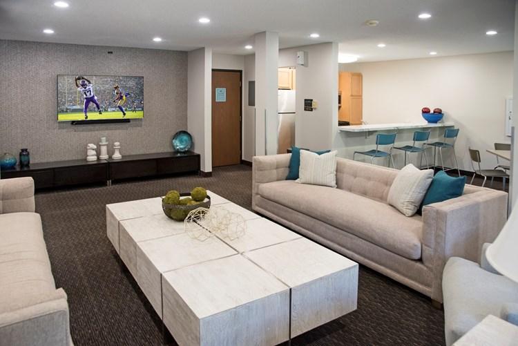 Apartments At Edenvale Eden Prairie Apartmentsearch Com