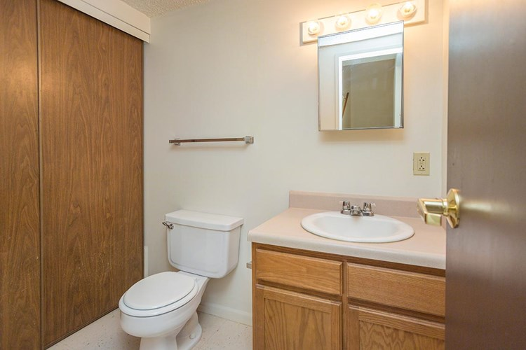 Cedar Tree Townhomes Image 16