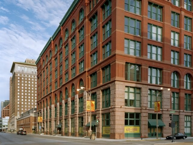 The Merchandise Mart Image 1