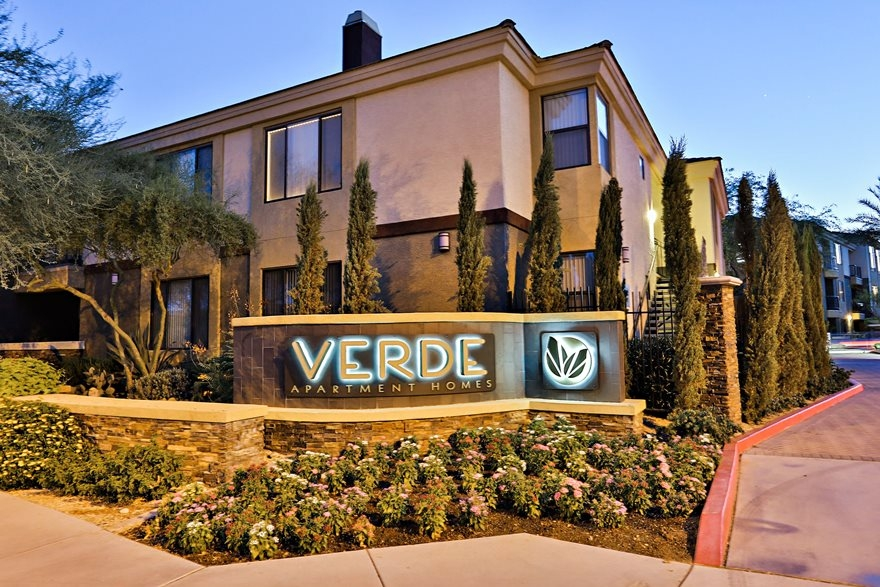 Verde Apartment Homes