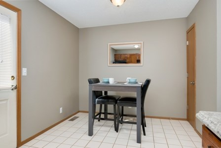Windsor Townhomes Image 4