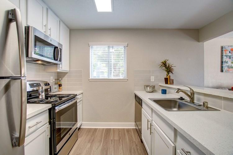 Apartments At Avana Skyway San Jose Apartmentsearch Com