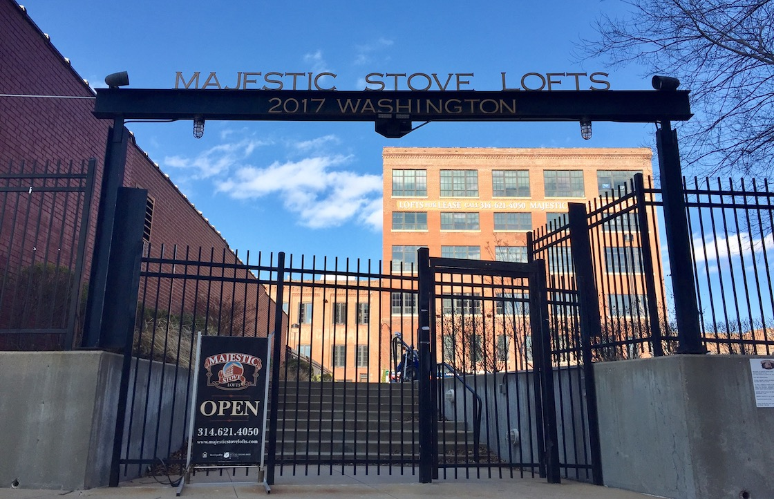 Check Your Credit Score For Free >> Majestic Stove Lofts, Saint Louis - (see pics & AVAIL)