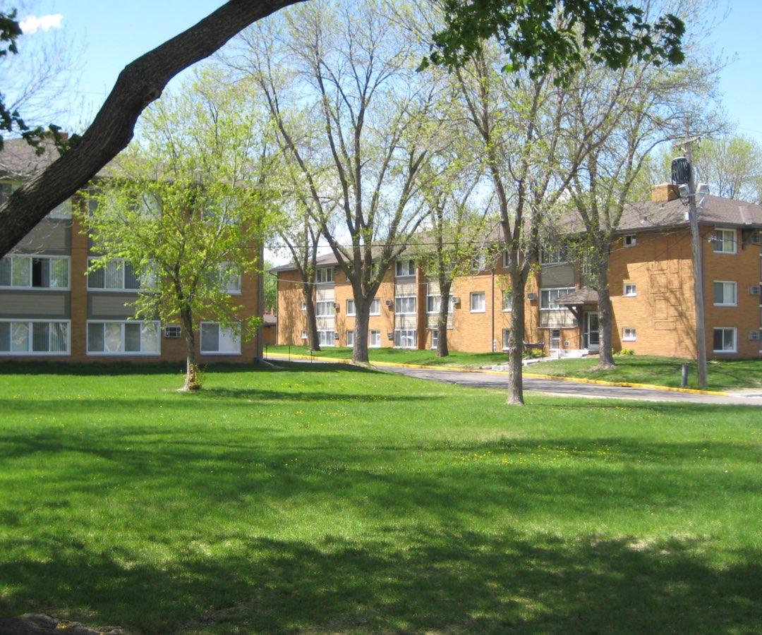 Lynwood Commons Apartments, Richfield