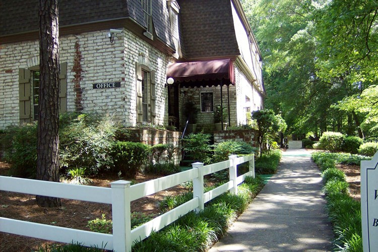 Admirable Apartments At Kenwood Creek Smyrna Apartmentsearch Com Download Free Architecture Designs Scobabritishbridgeorg