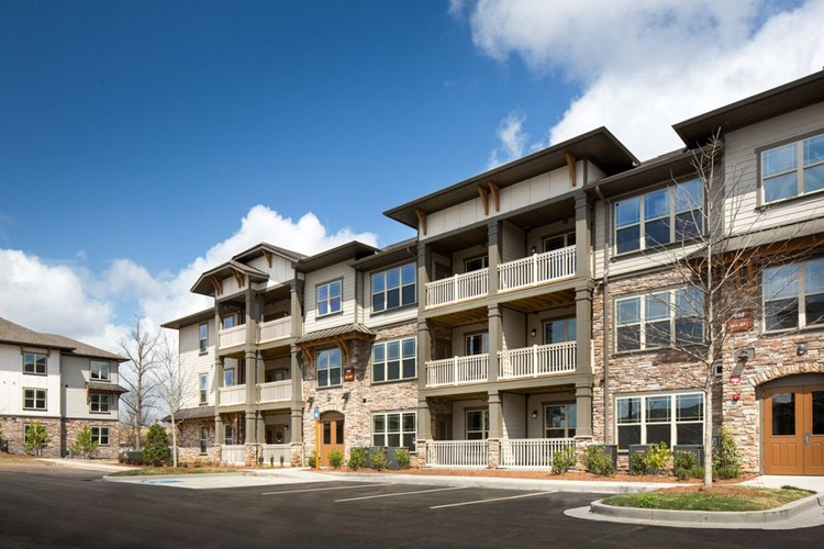 Apartments at Sugarloaf Summit - Lawrenceville