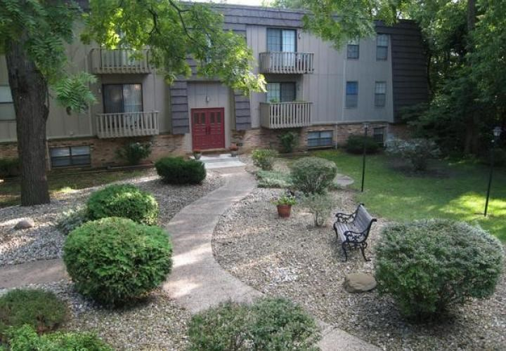 Woodcrest Apartment Homes Image 1