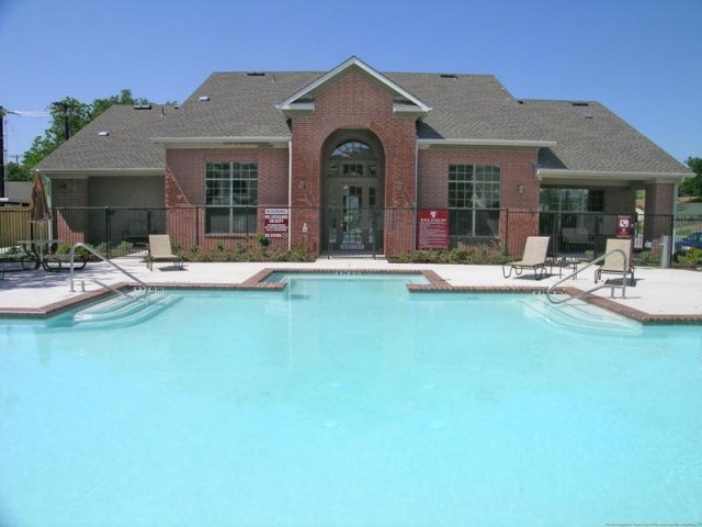Renaissance Courts Townhomes for rent