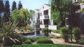 Lakeside Condominiums, Fresno - (see pics & AVAIL)