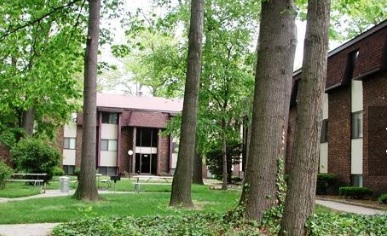 Briar Cliff Woods and Cambridge Woods for rent