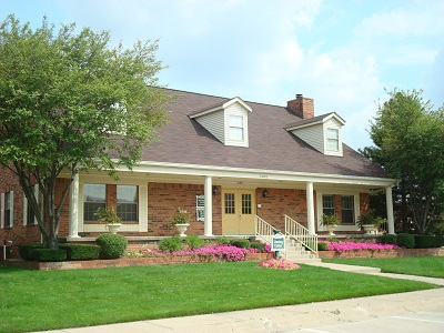 Windsor Court Apartments, Indianapolis - (see pics & AVAIL)