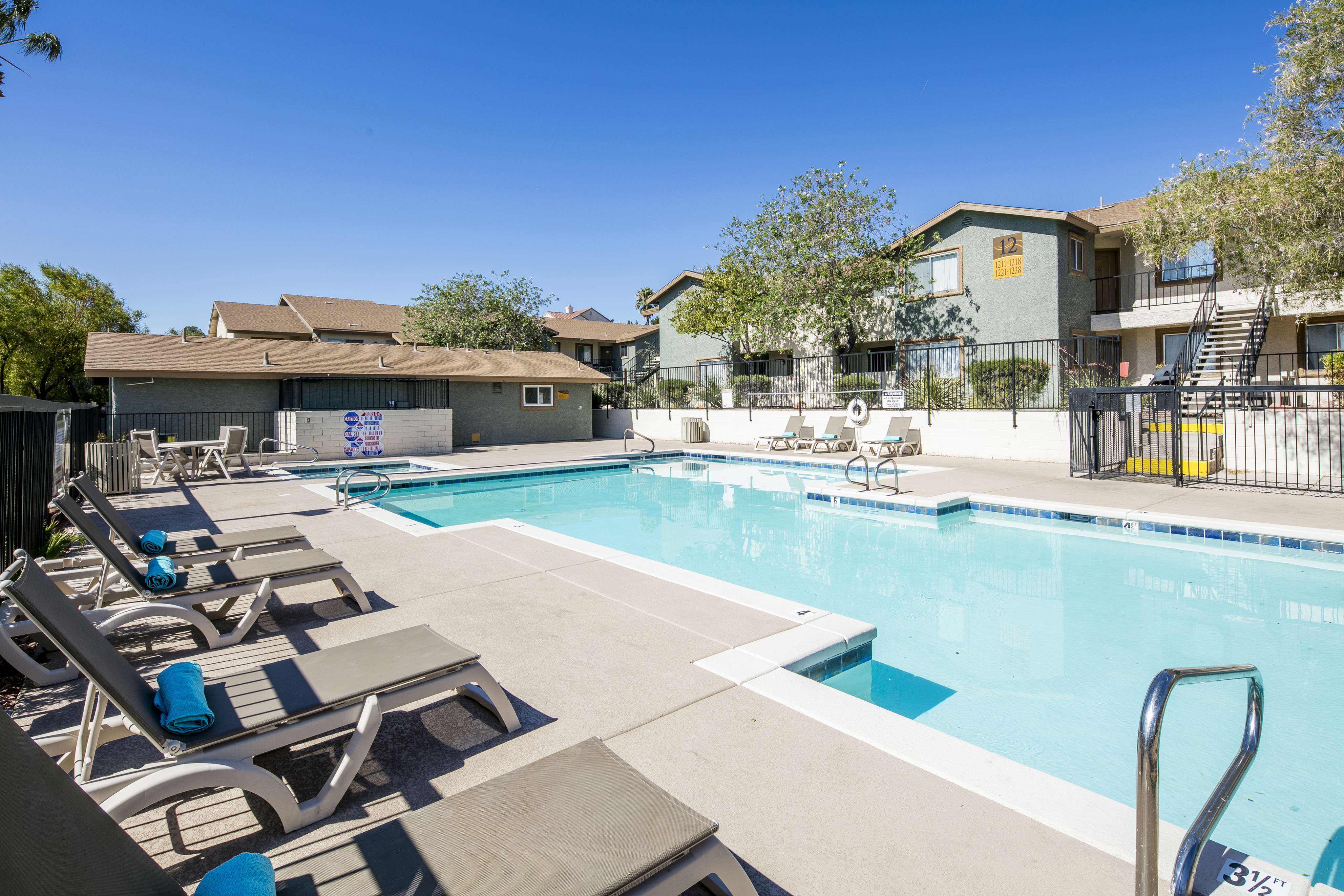 Sunset Winds Apartments rental