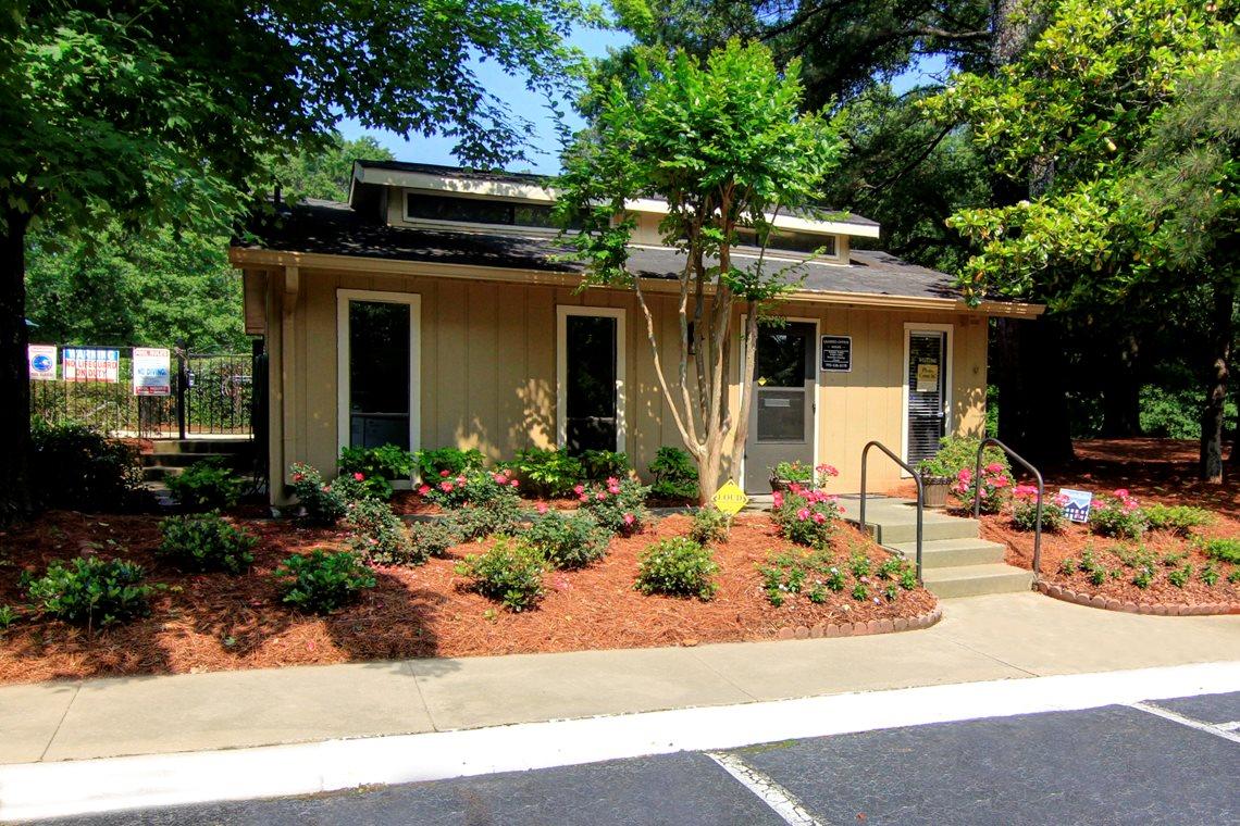 Pine Village North for rent