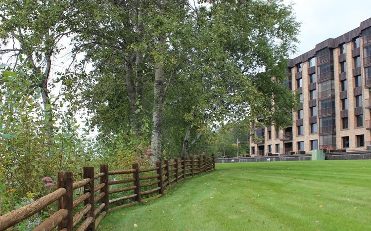 Les Chateaux Apartments Apartments - Madison, WI ... |Les Chateaux Apartments