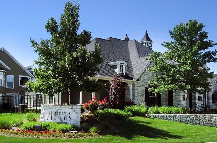 Apartments At Stonehaven Villas Tulsa