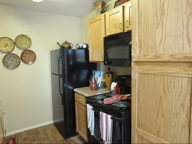 Pointe Royal Townhome Apartments Image 12