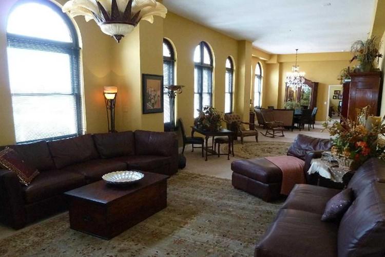 Apartments At Towers At The Majestic San Antonio