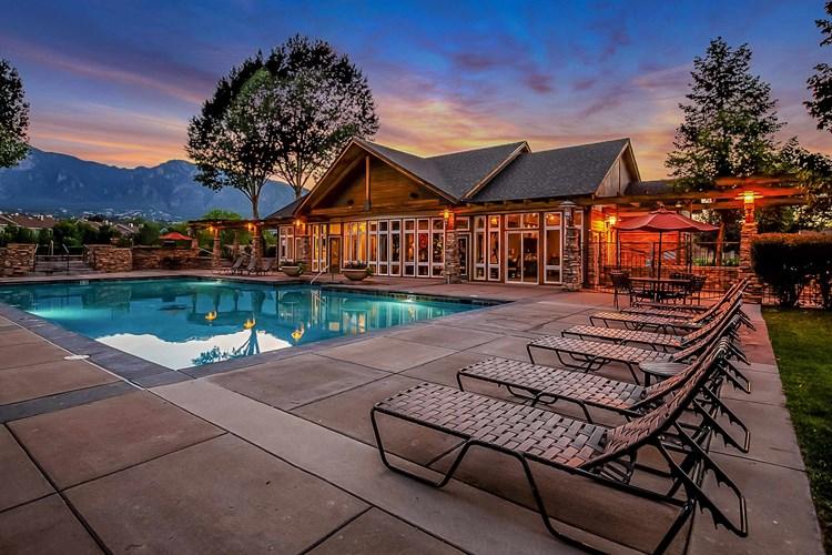 Broadmoor Ridge Apartment Homes Colorado Springs