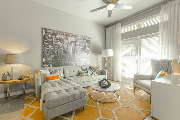 Moda Luxury Apartments Image 8