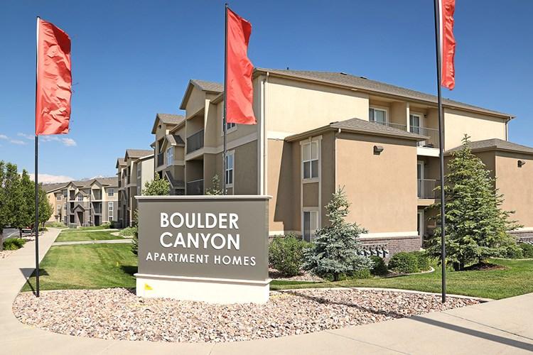 Apartments at Boulder Canyon - West Jordan