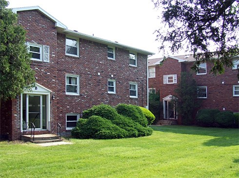 Brookside Apartments Image 2