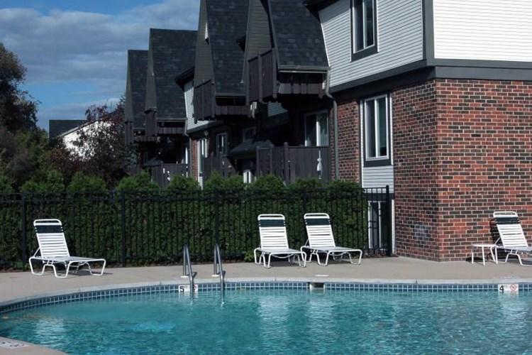 Apartments At Creekwood Apartments Green Bay