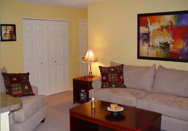 Woodcrest Apartment Homes Image 5